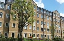 Seller at Felbridge Court expresses frustration at unending sales fees